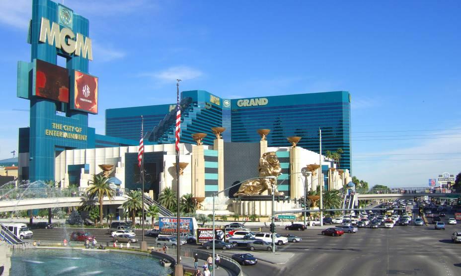 """<strong>MGM Grand Hotel, <a href=""""http://viajeaqui.abril.com.br/cidades/estados-unidos-las-vegas"""" rel=""""Las Vegas"""" target=""""_self"""">Las Vegas</a></strong>Os 6.198 quartos do MGM fazem dele o maior hotel do mundo atualmente no quesito hospedagem"""