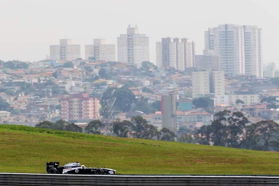Rubens Barrichello (foto) nunca venceu o Grande Prêmio do Brasil nos seus 19 anos de Fórmula 1. Passou perto algumas vezes, mas nunca teve esse gostinho. Felipe Massa foi o último brasileiro a vencer a prova – disputada em Interlagos, São Paulo, desde 1990 –, em 2008, quando, por uma ultrapassagem na última curva, por Lewis Hamilton, inglês da McLaren, na Toyota do alemão Timo Glock, perdeu o título da categoria para Hamilton