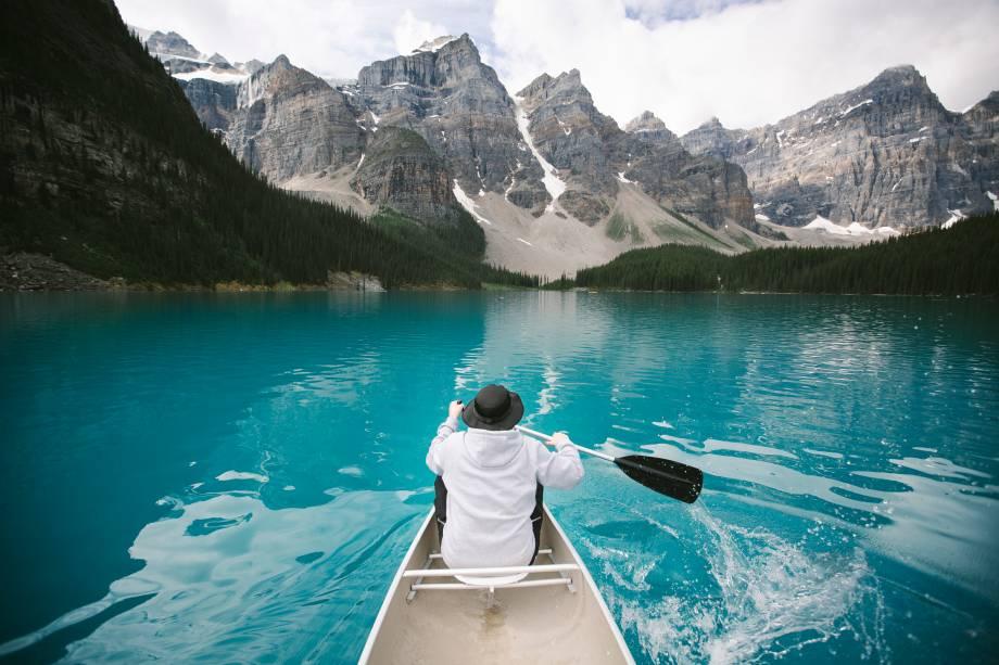 <strong>Lago Moraine</strong>        Devido à sua acessibilidade, é fácil realizar atividades neste lago durante todo o ano, como a canoagem. A paisagem no inverno também é de tirar o fôlego