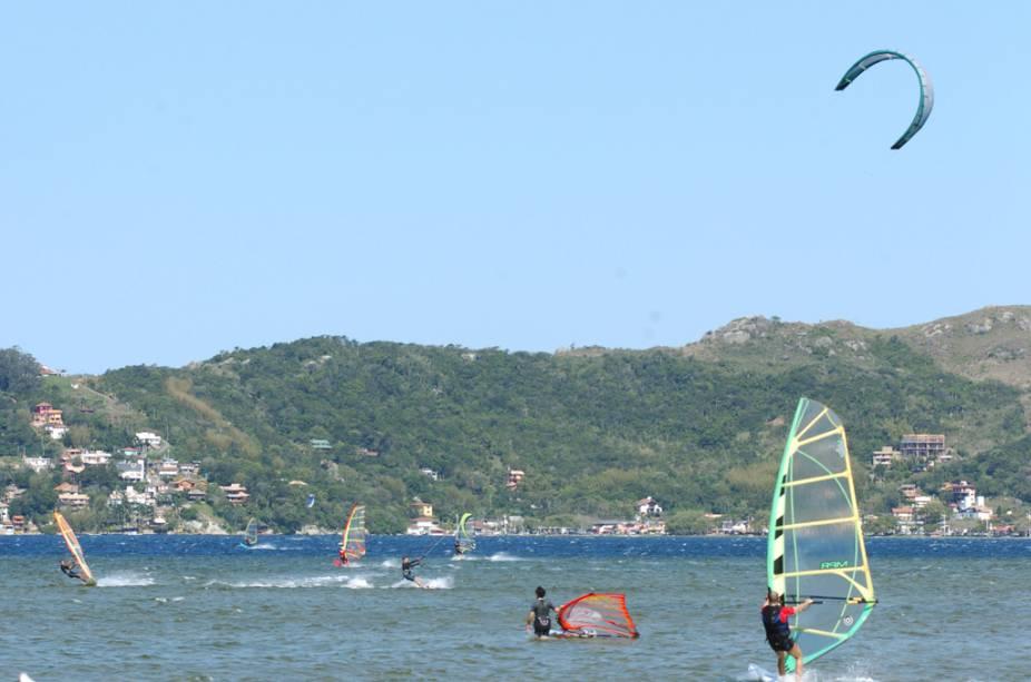 Windsurfe e kitesurfe na Lagoa da Conceição
