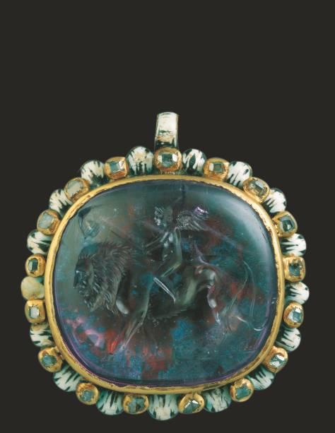 Entalhe com Eros, uma das joias preciosas que integra a exposição Roma – A Vida e os Imperadores, no Masp, em São Paulo