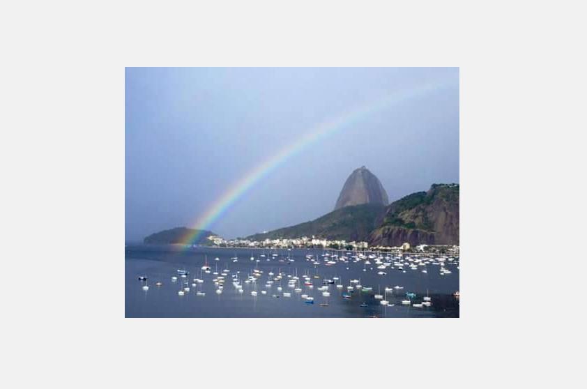 Quem clicou o arco-íris foi a  Nathalia Duarte da Silva, filha da Conceição Duarte