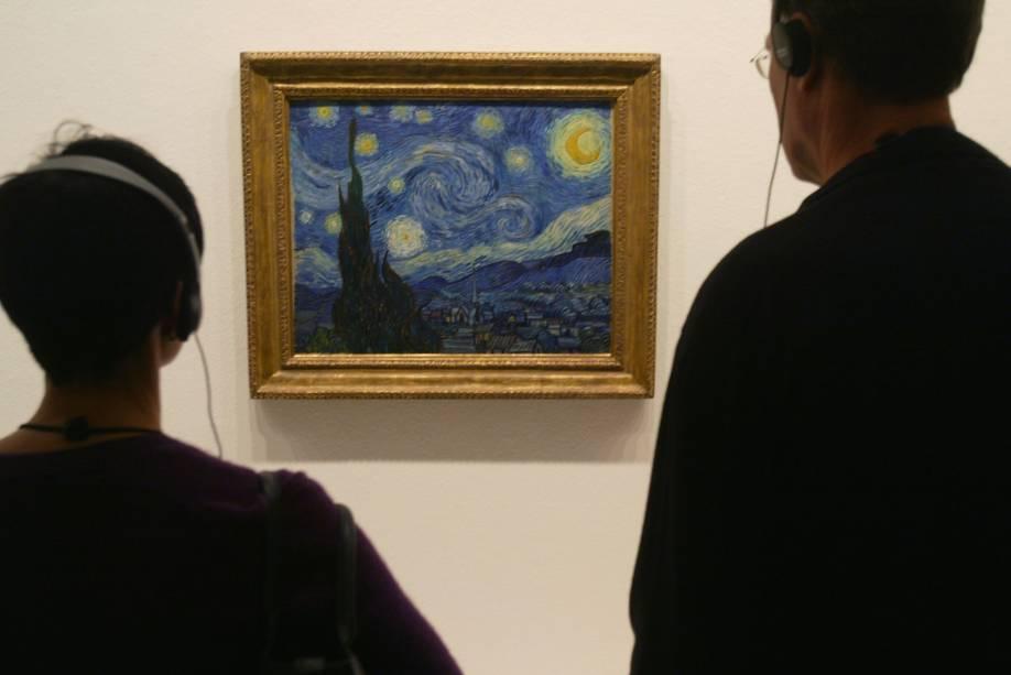 <em>A Noite Estrelada</em>, de Vicent van Gogh, no MoMA em Nova York