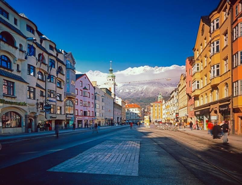 Rua Maria Teresa da Áustria, no coração de Innsbruck