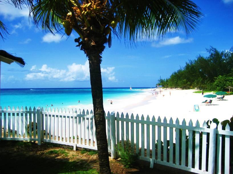 """Maxwell Coast, Christ Church, em <strong><a href=""""http://viajeaqui.abril.com.br/paises/barbados"""" rel=""""Barbados"""" target=""""_blank"""">Barbados</a></strong>"""