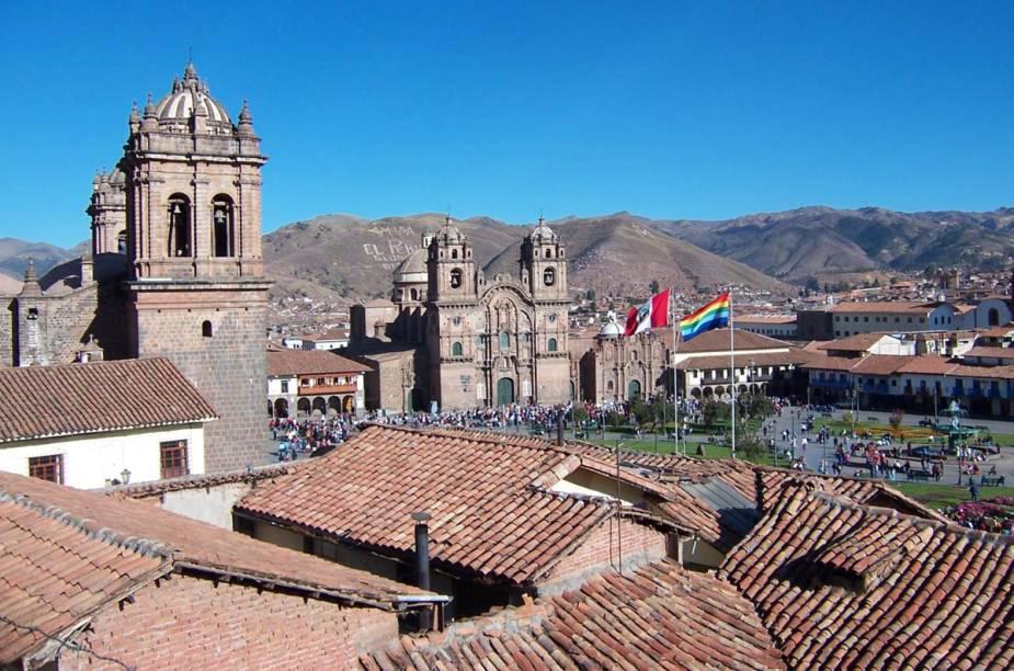 A Plaza de Armas é um dos lugares escolhidos em Cusco para o percurso do Inti Raymi, para onde a estátua do Deus Sol é levada