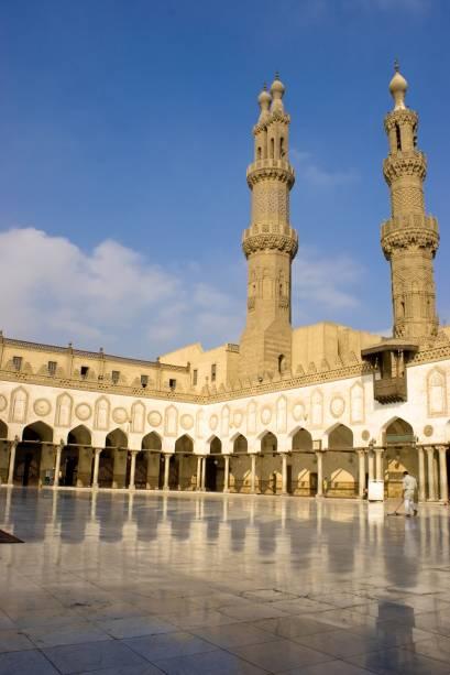 Pátio da mesquita Al-Azhar, no Cairo