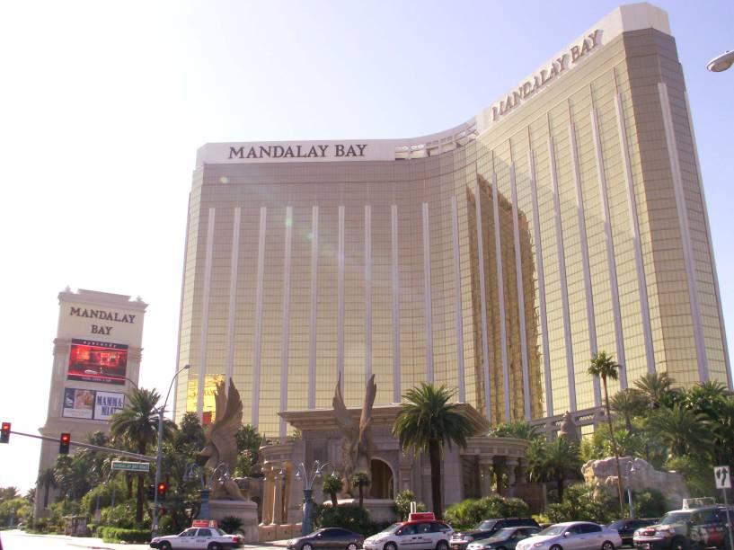"""<strong>Mandalay Bay Resort, <a href=""""http://viajeaqui.abril.com.br/cidades/estados-unidos-las-vegas"""" rel=""""Las Vegas"""" target=""""_self"""">Las Vegas</a></strong>Quarto maior do mundo em capacidade, com 4.332 quartos, o Mandalay tem localização privilegiada na cidade do pecado"""