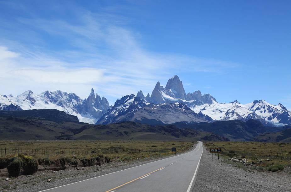 "<a href=""http://viagemeturismo.abril.com.br/cidades/el-chalten/"" target=""_blank"">El Chaltén</a> - <a href=""http://viagemeturismo.abril.com.br/paises/argentina-2/"" target=""_blank"">Argentina</a>"