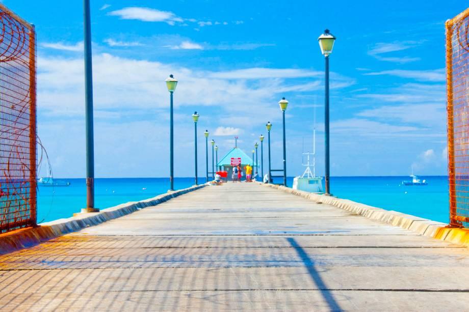 """Oistins, Christ Church, em <a href=""""http://viajeaqui.abril.com.br/paises/barbados"""" rel=""""Barbados"""" target=""""_blank""""><strong>Barbados</strong></a>"""