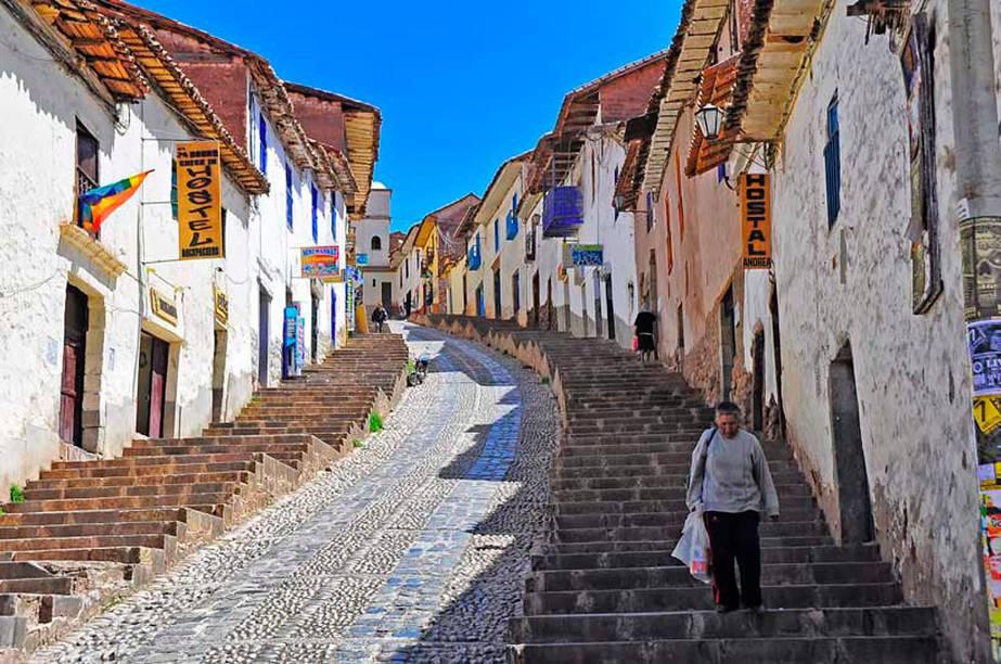 Localizada em uma região privilegiada dos Andes, a cidade de Cusco é conhecida como o Vale Sagrado dos Incas, com elementos que lembram a atividade desses povos pelo lugar