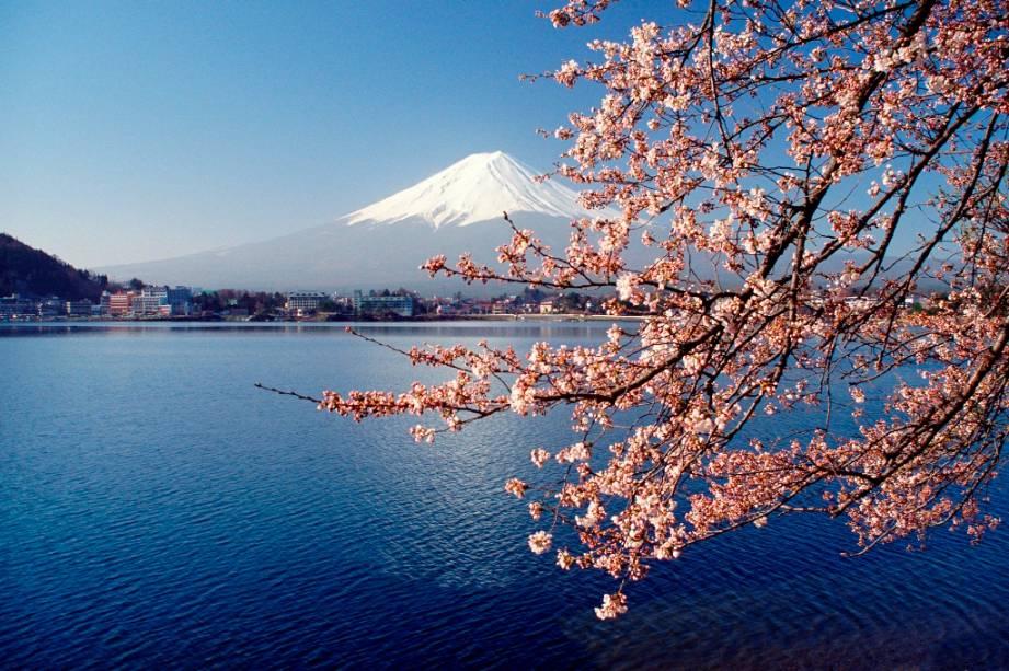 Vista do Monte Fuji a partir do Lago Kawaguchiko