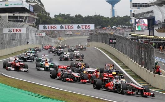 O GP Brasil de Fórmula 1, que ocorre anualmente no Autódromo de Interlagos, em São Paulo, encerra a temporada de corridas