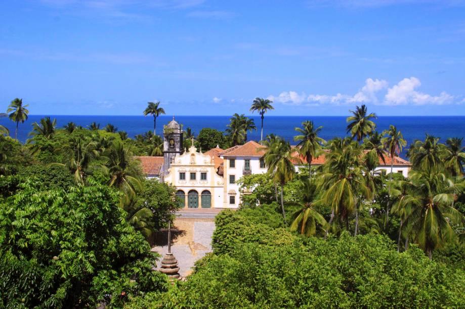Primeiro convento da Ordem Franciscana no Brasil, o Convento de São Francisco de Olinda abriga capelas ricas em azulejos portugueses e detalhes barrocos