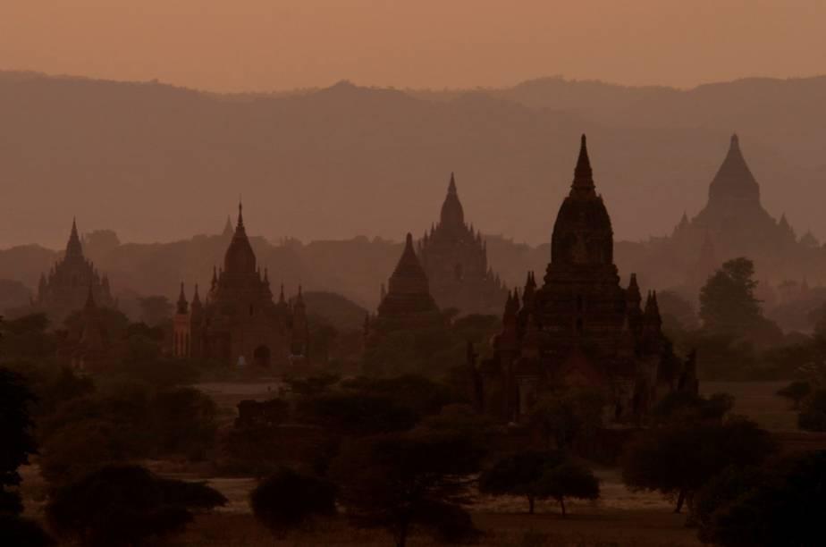 Templos budistas em Bagan