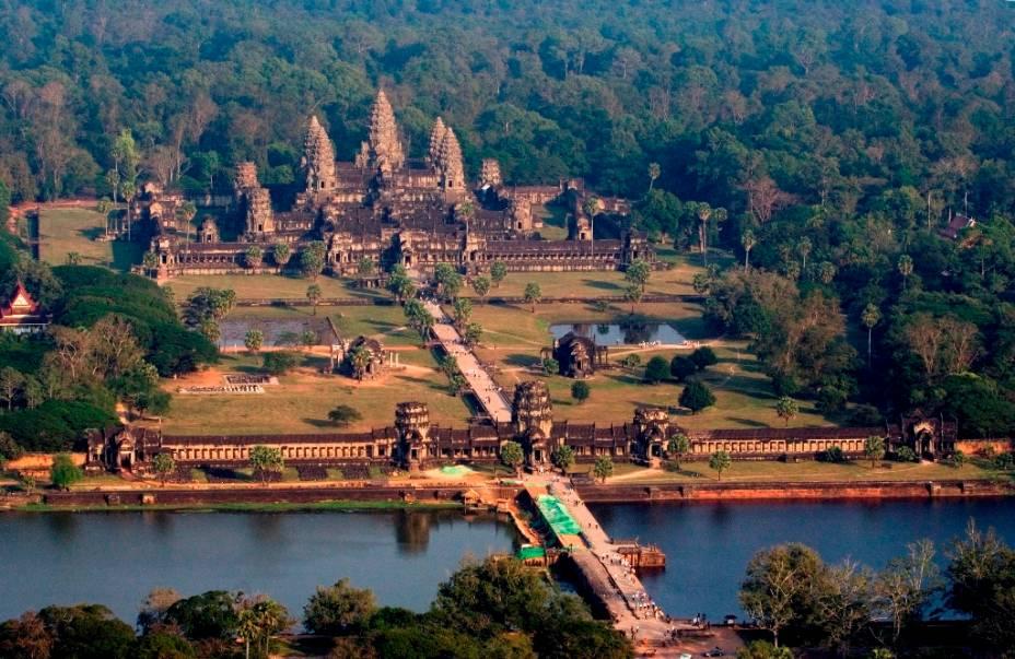 Vista geral do complexo central de Angkor Wat