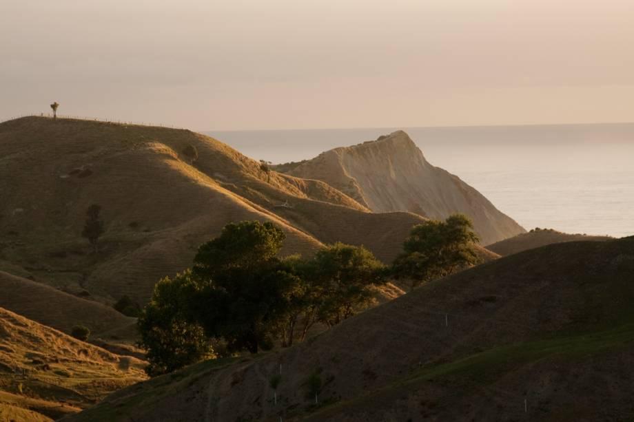 <em><strong>Gisborne</strong></em>- Entre as atrações na região, está a trilha até o Monte Hikurangi, a 1.754 metros acima do nível do mar, de onde o nascer do sol é um grande espetáculo