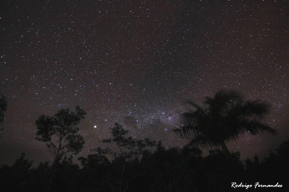 """<a href=""""http:// viajeaqui.abril.com.br/cidades/br-ba-chapada-diamantina"""" rel=""""Chapada Diamantina"""" target=""""_blank""""><strong>Chapada Diamantina</strong></a>    O céu estrelado no Vale do Paty é cenário das noites de acampamento depois de um dia de trilha intensa pela Chapada Diamantina"""