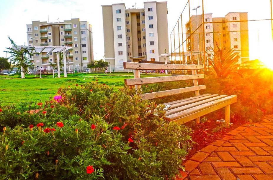 Goiânia é uma cidade conhecida pela abundância de parques arborizados com lagos e pistas de caminhada