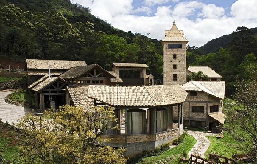 Sede do Alambique Flor do Vale, onde é possível visitar a produção e fazer trilhas pela propriedade
