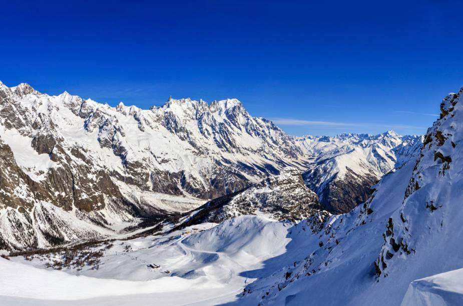 "<strong><a href=""http://viajeaqui.abril.com.br/cidades/franca-alpes-franceses"" target=""_blank"">Alpes do Rhone</a> - <a href=""http://viajeaqui.abril.com.br/paises/franca"" target=""_blank"">França </a></strong>"