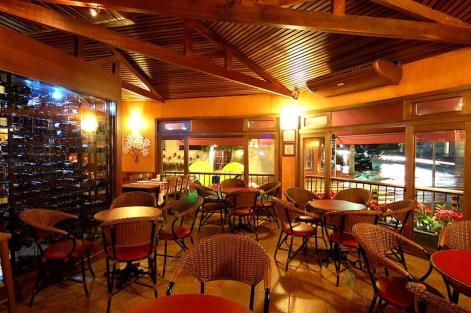 """Ambiente da <a href=""""http://margherita.com.br/home/"""" rel=""""Pizzeria Margherita"""" target=""""_blank"""">Pizzeria Margherita</a>, em São Paulo"""