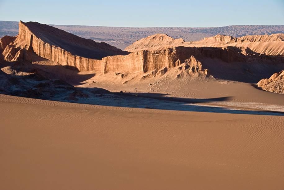 Anfiteatro, uma das impressionantes formações no Vale da Lua, no deserto do Atacama, no norte do Chile