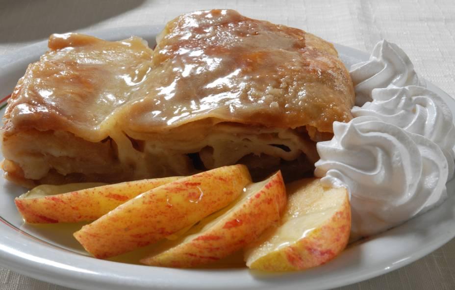 Apfelstrudel, tradicional sobremesa alemã, que poderá ser encontrada na Festa Pomerana