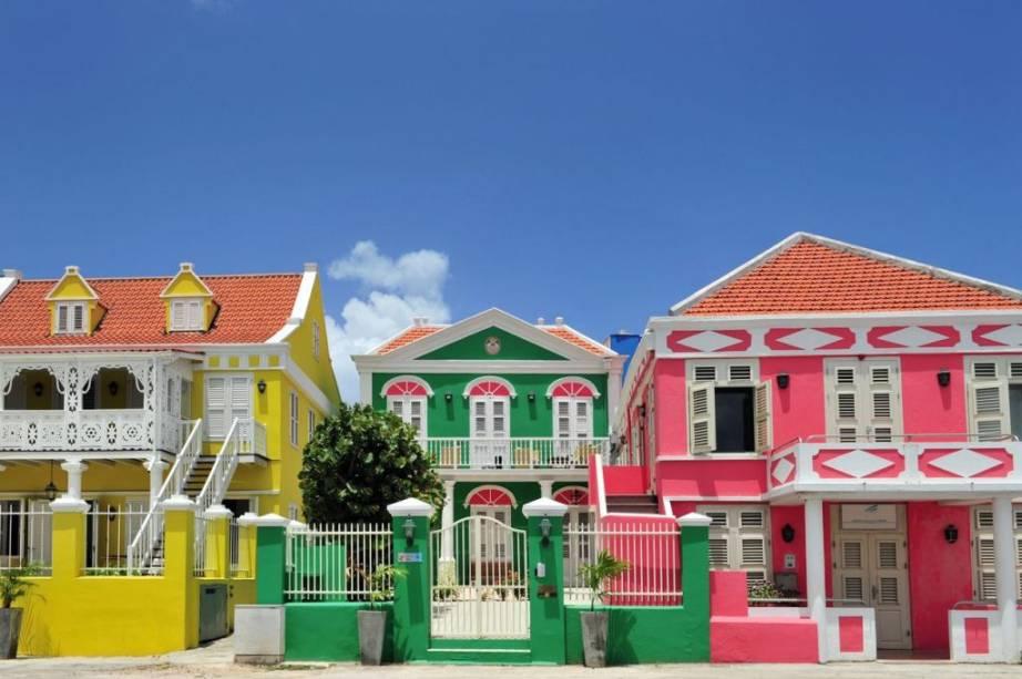 Uma das características marcantes em Curaçao é seu casario colorido com inspiração europeia