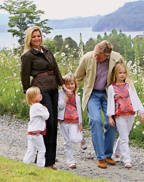 A rainha da Holanda, a argentina MáximaZorreguieta com a família em Villa La Angostura