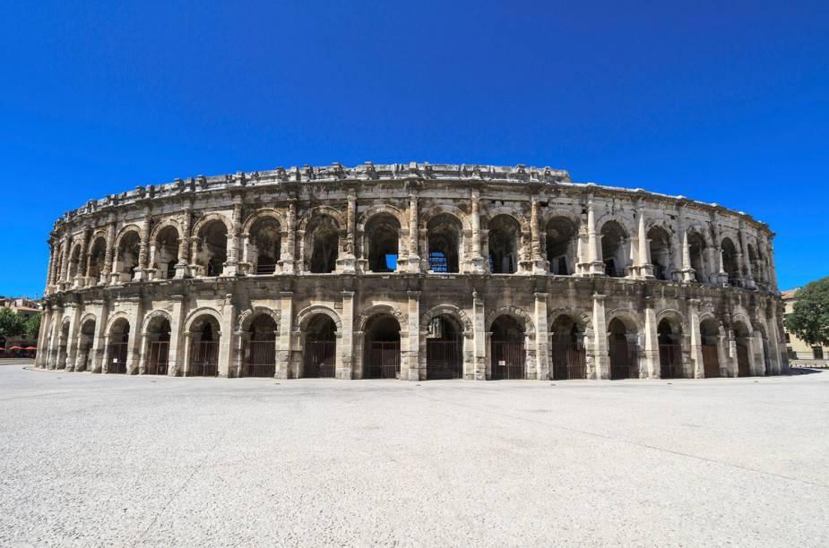 O anfiteatro romano de Arles, no sul da França, foi erguido no final do século 1 e é uma das principais atrações da cidadezinha