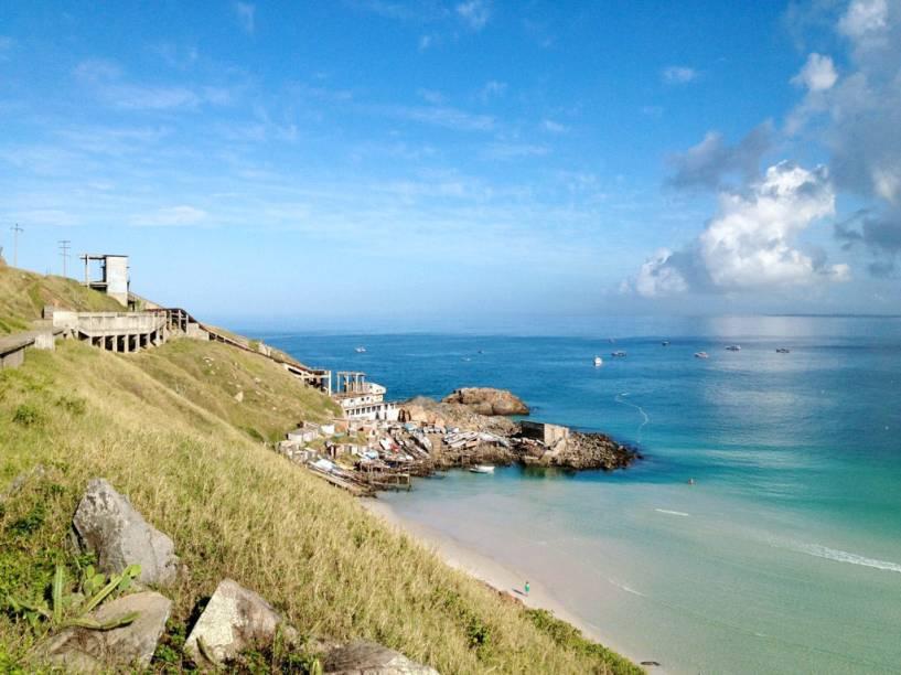 A melhor época para visitar Arraial do Cabo, no Rio de Janeiro, éno verão, pois a água do mar é fria