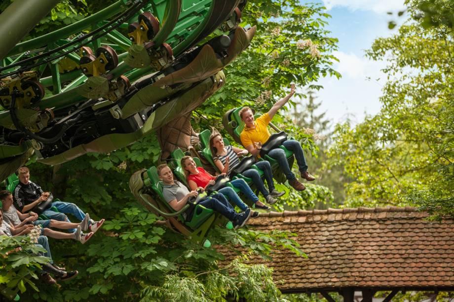 """<strong>7. Europa-Park – Rust, <a href=""""http://viajeaqui.abril.com.br/paises/alemanha"""" rel=""""Alemanha"""" target=""""_blank"""">Alemanha</a></strong>                É o parque mais famoso da Europa, depois da Disney de Paris. As atrações vão desde as radicais montanhas-russas até incríveis espetáculos de teatro para crianças. São 90 hectares com mais de 100 atrações"""