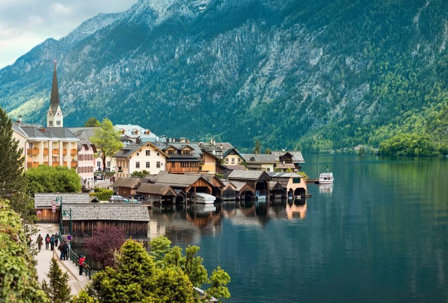 """<strong>3. <a href=""""http://viajeaqui.abril.com.br/paises/austria"""" rel=""""Áustria"""" target=""""_blank"""">Áustria</a></strong>        Os problemas não chegam por aqui. Com uma das melhores qualidades de vida no mundo, a Áustria também é um exemplo de democracia e tem pouca importação de armas"""