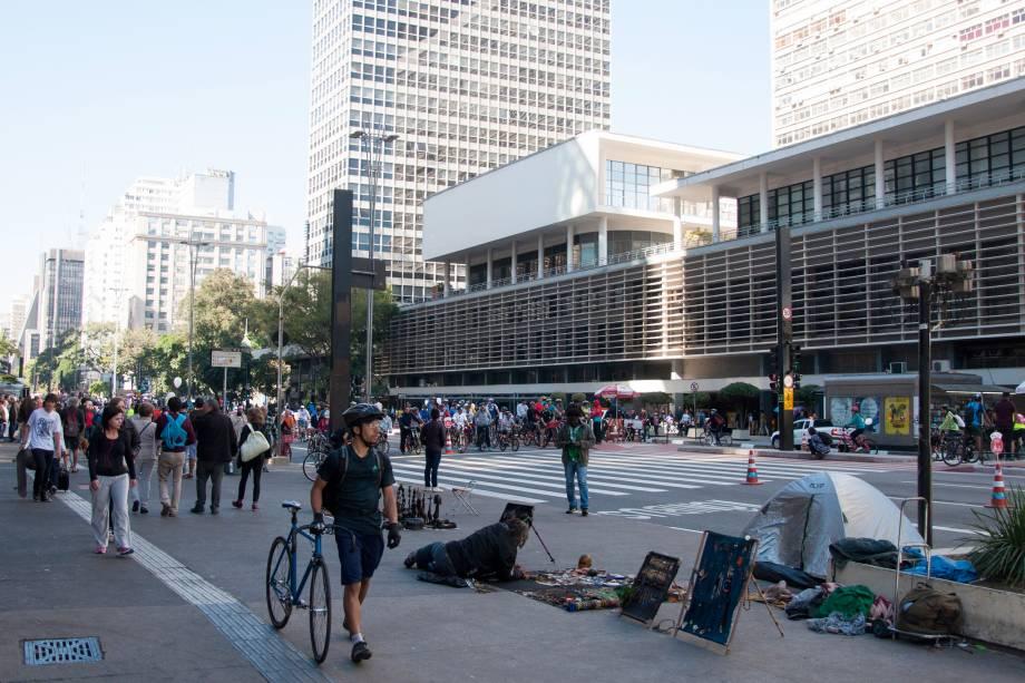 Desde outubro de 2015, Avenida Paulista passou a ser fechada para o trânsito de carros aos domingos