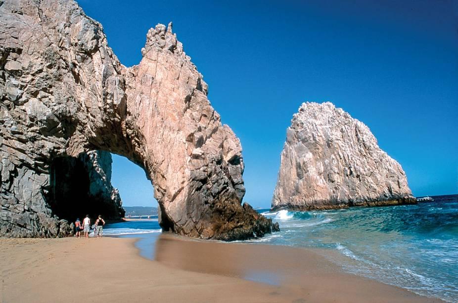 "<strong>Baja California - <a href=""http://viajeaqui.abril.com.br/paises/mexico"" target=""_blank"">México</a></strong>"