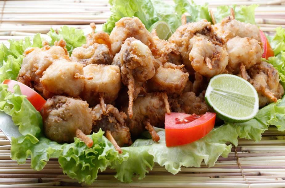 """<strong><a href=""""http://viajeaqui.abril.com.br/estabelecimentos/br-mg-belo-horizonte-restaurante-bar-do-careca-o-pescador"""" rel=""""Bar do Careca O Pescador – Belo Horizonte """" target=""""_blank"""">Bar do Careca O Pescador – Belo Horizonte </a></strong>O bar tem tradição com peixes, mas disputa o Comida di Puteco com o P.Q.P, em outras palavras: peixe, queijo e picanha."""
