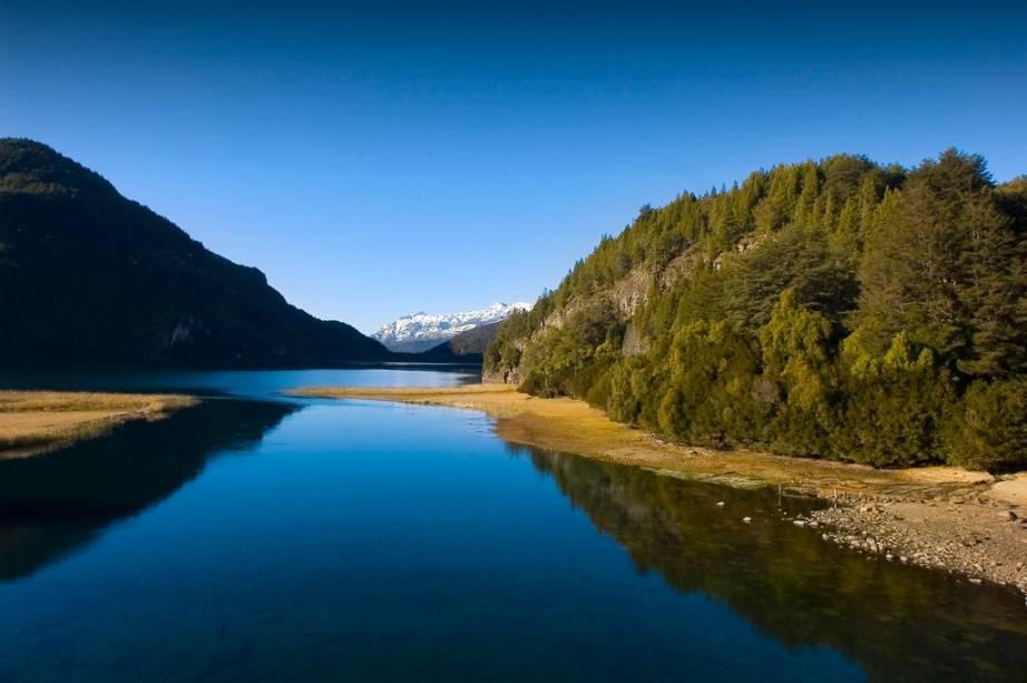 Bariloche possui inúmeras lagunas e bosques, protegidos pelo Parque Nacional Nahuel Huapi
