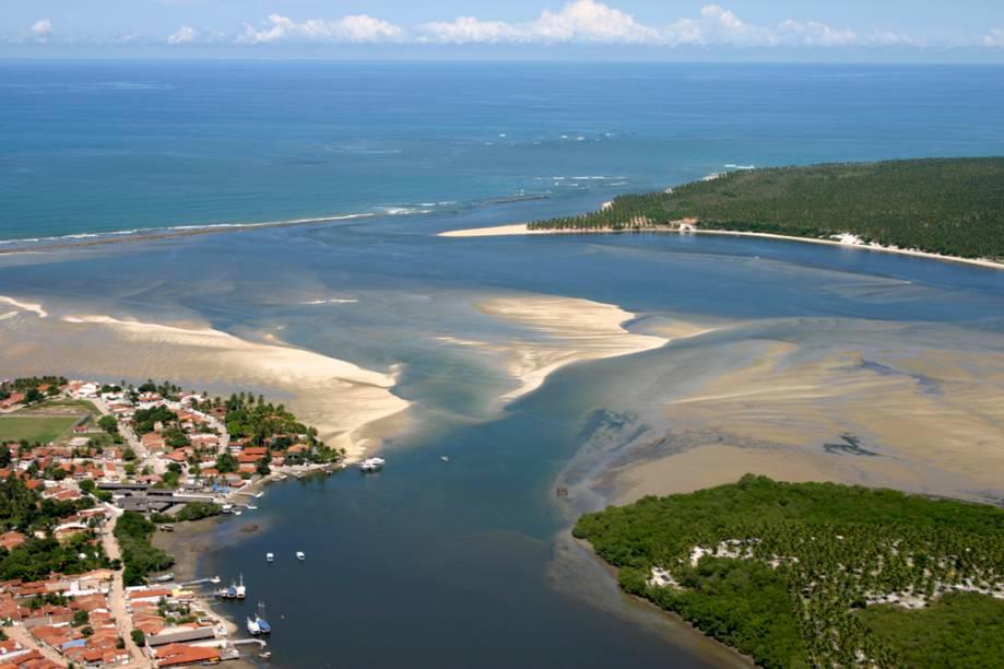 A praia queridinha dos maceioenses é a do Gunga, na Barra de São Miguel em Alagoas