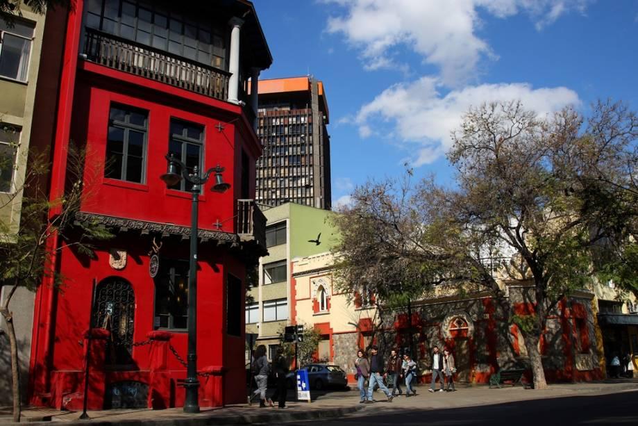 O bairro de Lastarria é um dos melhores da cidade de Santiago, com muitos bares, restaurantes e boas atrações para entreter os turistas