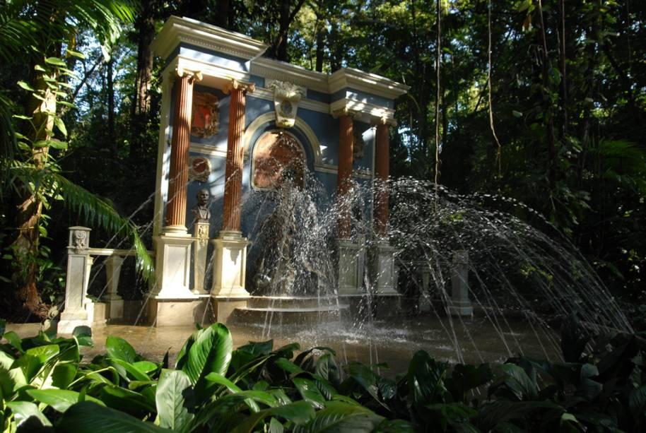 """O <a href=""""http://viajeaqui.abril.com.br/estabelecimentos/br-pa-belem-atracao-bosque-rodrigues-alves-jardim-zoobotanico-da-amazonia"""" rel=""""Jardim Botânico"""" target=""""_blank"""">Jardim Zoobotânico</a> guarda 2,5 mil espécies da flora amazônica, além de lagos artificiais, trilhas e orquidário"""