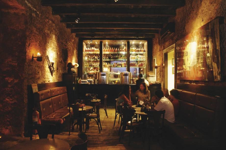 """Bar e restaurante Boteco das Onze, instalado na <a href=""""http://viajeaqui.abril.com.br/estabelecimentos/br-pa-belem-atracao-casa-das-onze-janelas"""" rel=""""Casa das Onze Janelas"""" target=""""_blank"""">Casa das Onze Janelas</a>"""