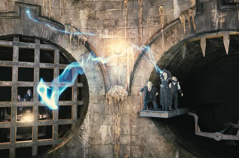 Entre as atividades em Gringotes, os visitantes devem encontrar com Bellatrix Lestrange, a bruxa mais malvada da história