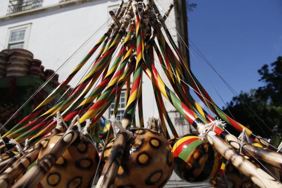 O berimbau é o instrumento que dá ritmo à capoeira