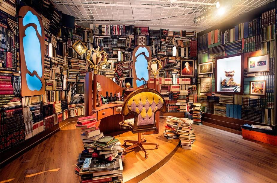O cenário da biblioteca do Castelo foi reproduzido na exposição do MIS