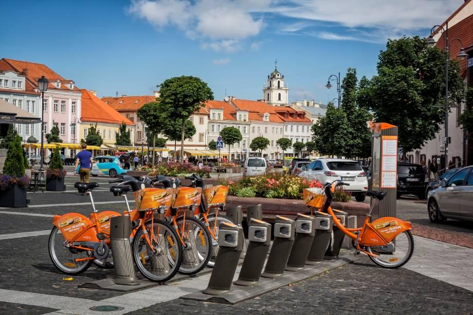 A bicicleta é o meio de transporte mais agradável para explorar Vilnius