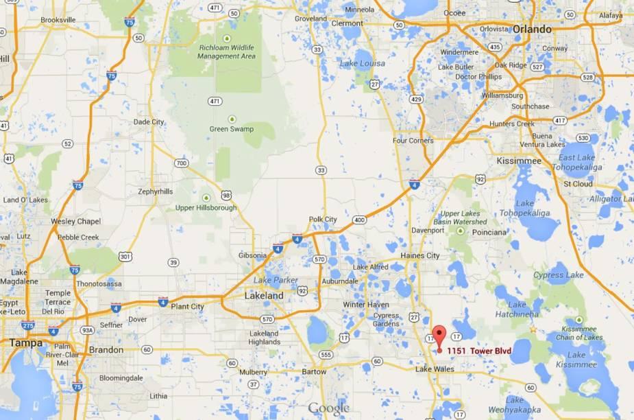 """<strong>Bok Tower Gardens</strong>                                                        O jardim fica na pequena cidade de Lake Wales, entre Tampa e Orlando.<a href=""""https://www.google.com/maps/place/1151+Tower+Blvd,+Lake+Wales,+FL+33853,+USA/@28.2420249,-81.8096747,10z/data=!4m2!3m1!1s0x88dd0965e226b455:0x4327fd939b7b2f9?hl=pt-BR"""" rel=""""Clique aqui para ver a localização do Bok Tower Gardens no Google Maps"""" target=""""_blank"""">Clique aqui para ver a localização do Bok Tower Gardens no Google Maps</a>"""