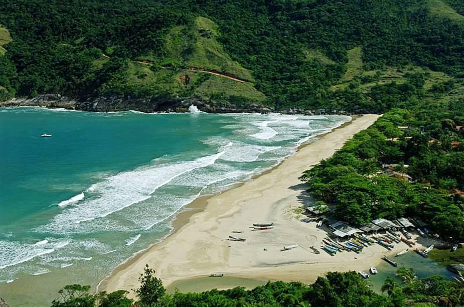 A <strong>Praia do Bonete</strong> é acessível por trilhas ou por barco; não há como chegar aqui de carro