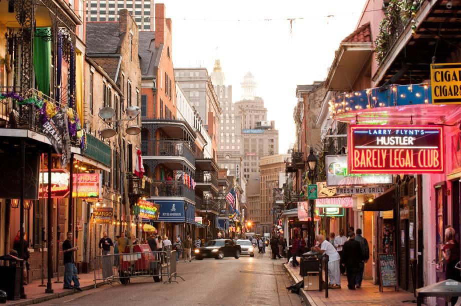 Nos Estados Unidos, a cidade que mais respira música é Nova Orleans. Suas ruas repletas de bares e casas de shows, como a famosíssima Borboun (foto), atraem os amantes de blues e jazz. A gastronomia e a cultura negra também são atrações de peso