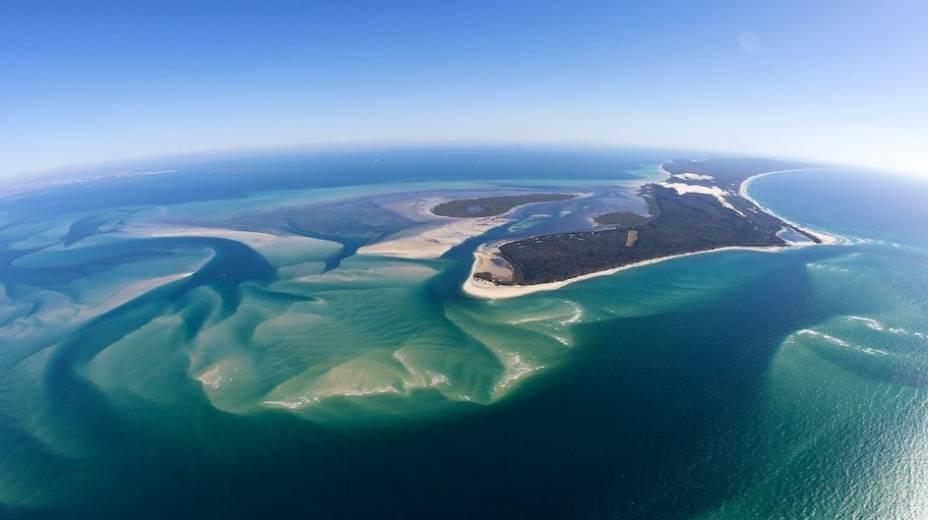 """Moreton Island é um dos destinos favoritos na região de Brisbane, no nordeste da <a href=""""http://viagemeturismo.abril.com.br/paises/australia-2/"""">Austrália</a>"""